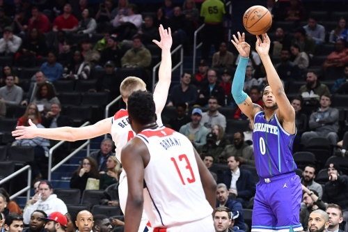 Poor second half dooms Hornets as they lose to the Wizards, 121-107