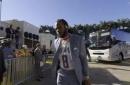 Richard Sherman arrives at Super Bowl LIV with teammates wearing Kobe Bryant jersey