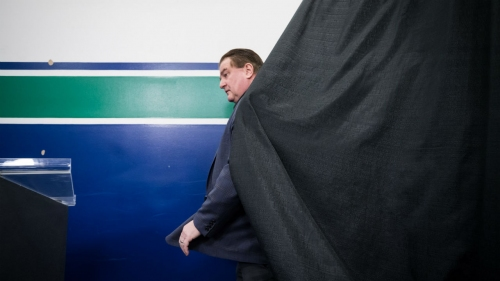 Canucks' GM Jim Benning drops big news as team now looks to back up moves