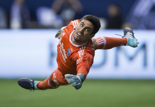 Quakes send goalkeeper to Columbus for cash ahead of MLS opener