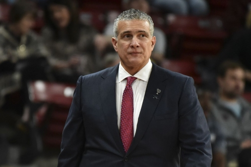 Basketball travels to South Carolina in desperate need of a win