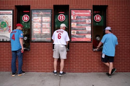 With shortened season inevitable, Cardinals begin refunding some tickets