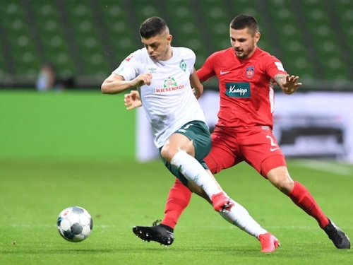 Liverpool 'dealt blow in Milot Rashica chase'