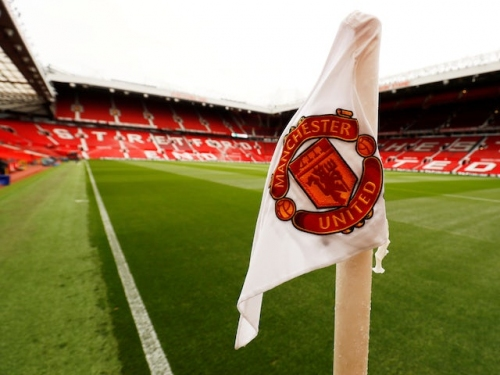 Manchester United sign Phil Neville's son to first professional deal