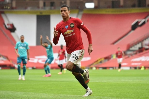 'In the form of his young life' - United's players assessed ahead of Villa