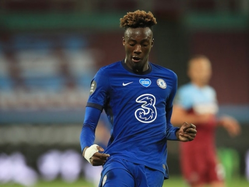 Tammy Abraham pens one-year Chelsea extension