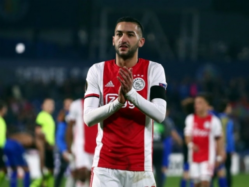 Hakim Ziyech trains with Chelsea for the first time