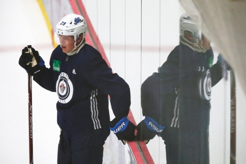 Jets sniper Patrik Laine 'still kind of far away' from being ready for game action