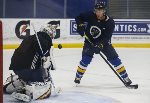 With playoffs on the horizon, can Binnington do it again?