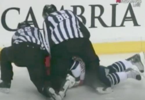 Red Wings' Todd Bertuzzi gets into scuffle with Predators' Shane O'Brien (VIDEO)