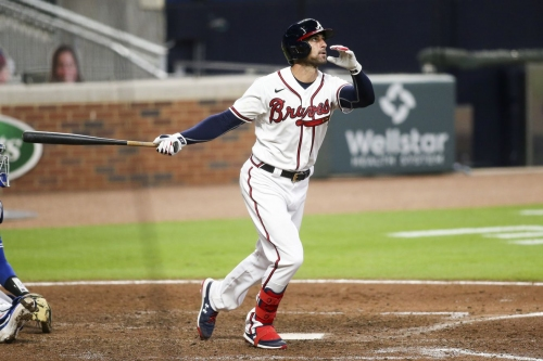 Markakis drops to sixth for opener in Philadelphia