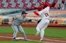 Cincinnati Reds cough up lead, miss chance to pull away in playoff race in loss to Milwaukee