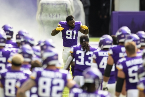 Yannick Ngakoue picking it up for Vikings with Danielle Hunter still sidelined