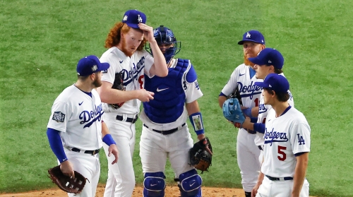 Dodgers' pitching plan puts them in a hole, Rays take Game 2
