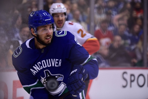 Flames Sign RW Josh Leivo