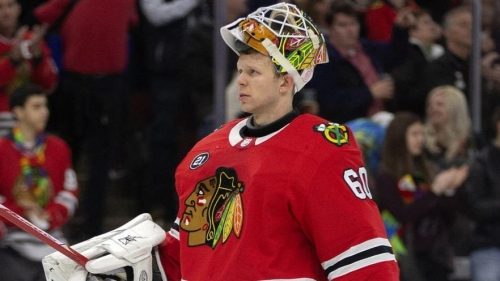 The Chicago Blackhawks' 3-way goalie tryout mirrors a past competition — but they don't plan to anoint one as 'the guy'