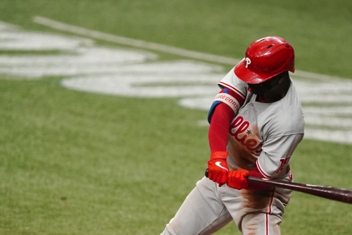 Should the Phillies make a qualifying offer to Didi Gregorius?