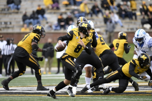 At season's midpoint, Mizzou short on depth along offensive line