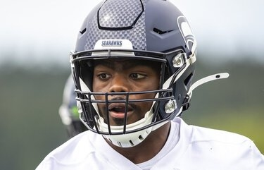 Seahawks activate Rasheem Green, elevate Alex Collins, Jayson Stanley from practice squad