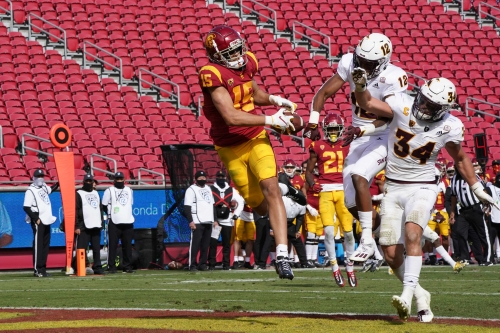 What happened in ASU's loss at USC? Lucky bounces, and the Sun Devils had to play the refs
