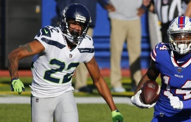 The Seahawks used a hobbled Quinton Dunbar against the Bills and paid the price