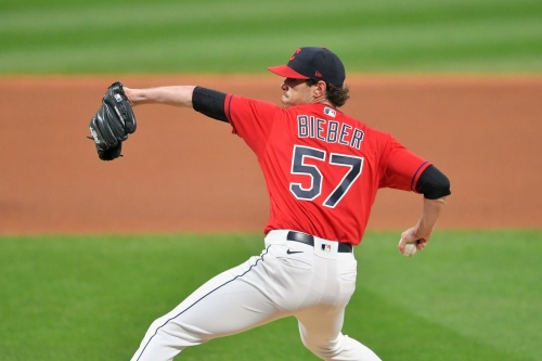 Bieber wins Cy Young; Lynn finishes 6th