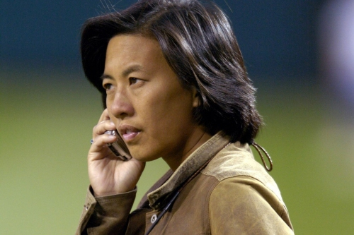 Kim Ng makes history as the first female MLB General Manager