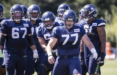 Seahawks rule out Ethan Pocic, Shaquill Griffin, Quinton Dunbar, but Chris Carson, Carlos Hyde may have a chance