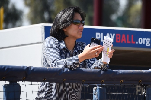 Outside The Confines: Kim Ng makes history for women in baseball