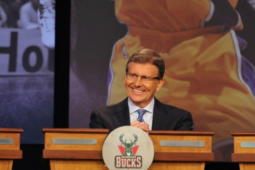 Reports: Bucks Acquire 45th Overall Pick from Orlando