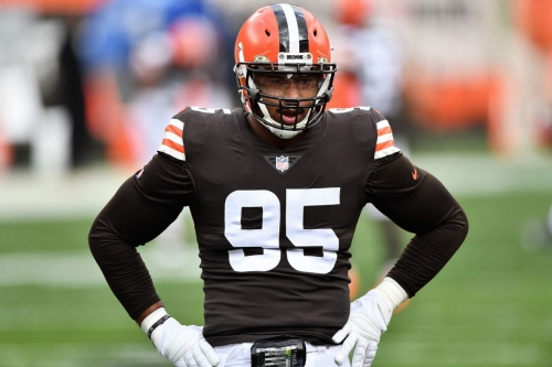 Browns place Myles Garrett on reserve/COVID-19 list ahead of Eagles game