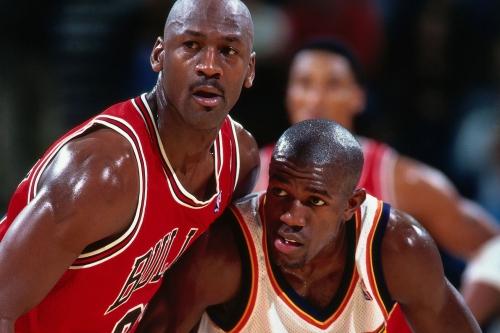 Bleav in Kentucky talks Cats vs. Bama and Tony Delk vs. Michael Jordan