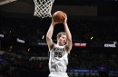 Report: The Spurs sign Jakob Poeltl to a three-year, $27 million contract