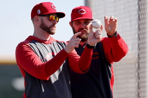 Phillies hire Reds pitching director Caleb Cotham as pitching coach, replacing Bryan Price