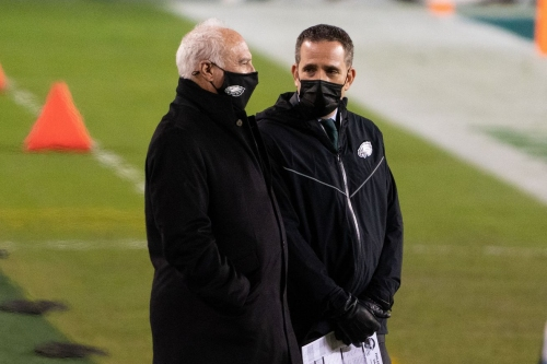 The Linc - Joe Banner thinks the Eagles making massive changes isn't even on the table