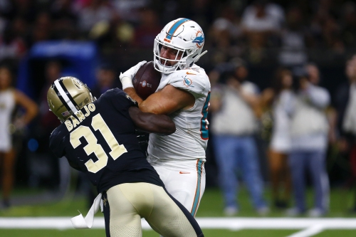 Dolphins promote TE Chris Myarick up from practice squad for Broncos games