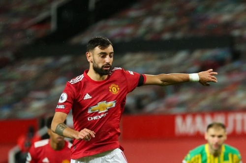 Bruno Fernandes overtakes Manchester United great for penalty goals