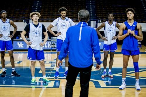 Kentucky basketball season preview roundtable and predictions