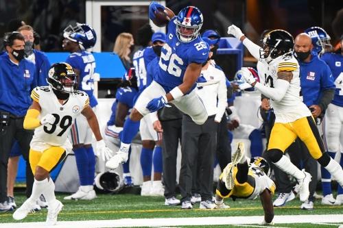 Philosoraptor's Corner: Can the Giants afford to pay Saquon Barkley?