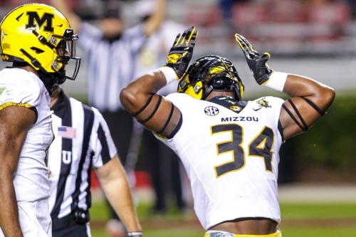 Missouri returns to action with a 17-10 win over South Carolina