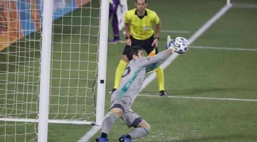 HE'S JIM DANDY: Ex-Cosmos GK makes vital save, lifts FC Dallas to playoff win