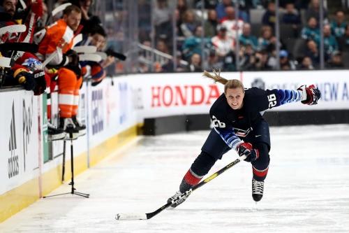 Blackhawks add Kendall Coyne Schofield to hockey operations staff