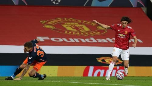Rio Ferdinand says Donny van de Beek offers selfless skills that no other Man Utd player can