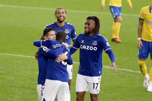 Everton news: Doucouré talks first goal, Iwobi embraces wingback role, Romero latest