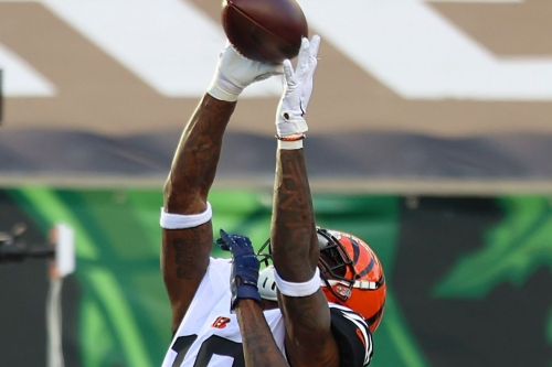 Bengals put Auden Tate and B.J. Finney on COVID-19 list; Winston Rose comes off of it