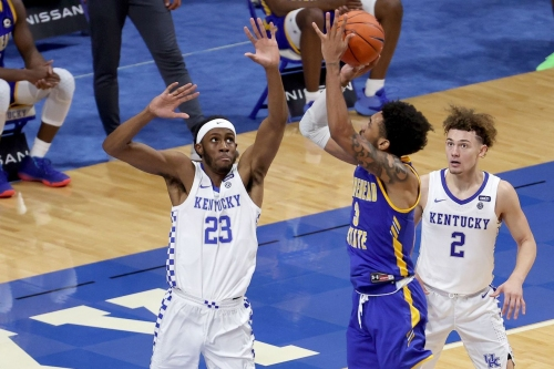 Isaiah Jackson shows glimpses of being the real deal but tweaks ankle vs. Morehead State
