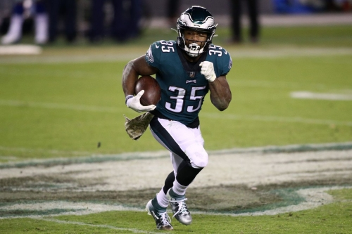 Eagles Injury Report: Two players DNP, Boston Scott among five limited