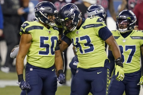 Trade for Dunlap already paying off for Seahawks