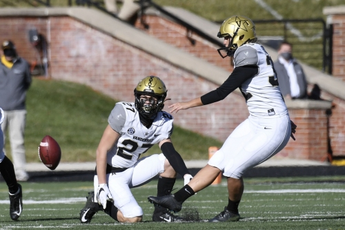 On Vandy's historic day, Mizzou defense paves path to winning record