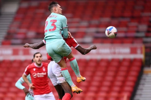 Roberts header earns Swansea victory at Nottingham Forest